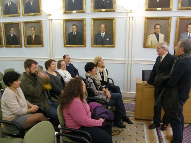 El Ayuntamiento de Crevillent recibe a los participantes en la redacción de proyecto educativo europeo