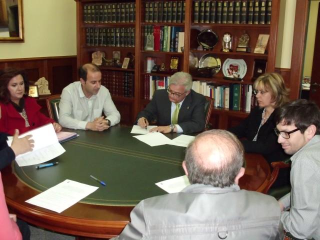 El Ayuntamiento impulsa un convenio con 4 ópticos de la localidad para la prevención de la ambliopía entre los escolares