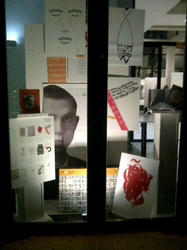 La biblioteca municipal celebra el Día del Libro con efemérides literarias