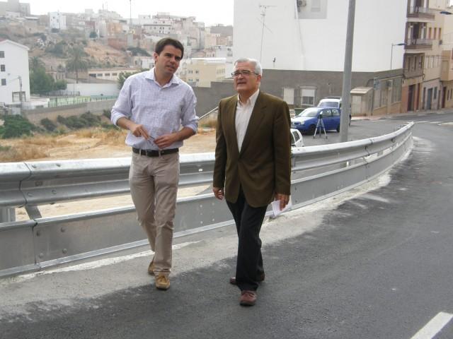 El Ayuntamiento finaliza las obras de saneamiento y urbanización de la calle San Isidro