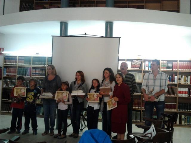 Cultura premia a los superlectores  de la biblioteca con un lote de libros