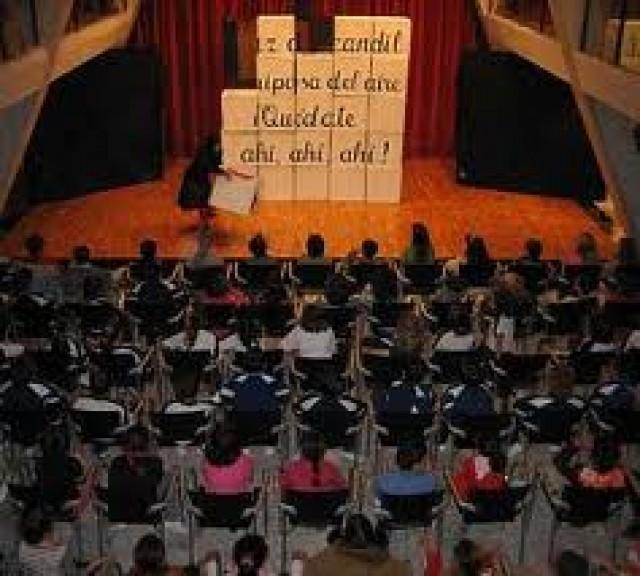 El Ayuntamiento organiza una obra de teatro para escolares y conmemorar la 'Boleta del Queixal'