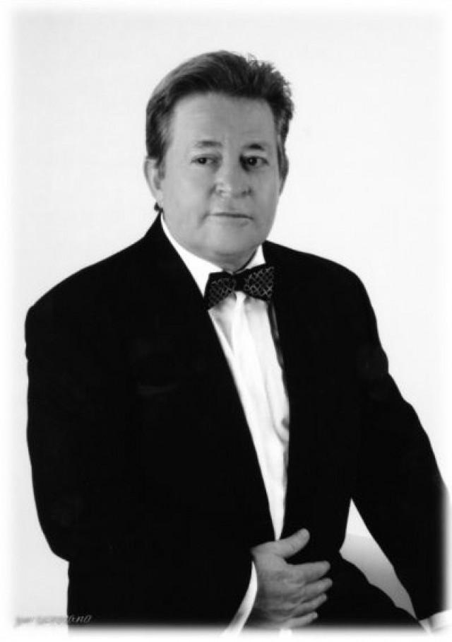"""El Ayuntamiento de Crevillent iniciará el expediente de nombramiento de """"Hijo Predilecto"""" del tenor José Antonio Sempere"""