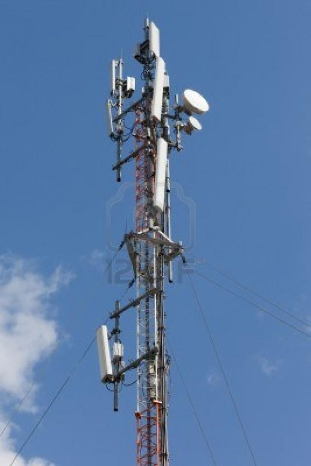 El Ayuntamiento contrata un estudio de implantación y medición de antenas de telefonía móvil