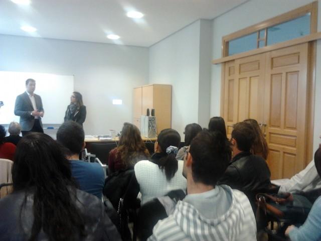 """La ADL presenta la jornada """"automotivación para el autoempleo colectivo"""" dentro de la Campaña IN-FORMAR-TE"""
