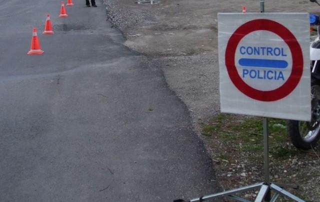 La Policía Local lleva a cabo campaña utilización cinturón de seguridad y sistemas de retención infantil en colaboración con la DGT