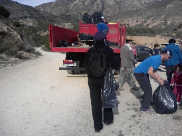 Medio ambiente pide colaboración para respetar los espacios naturales de la sierra