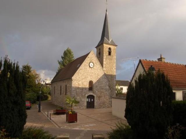 La visita de hermanamiento de Crevillent a Fontenay Le Fleury se pospone
