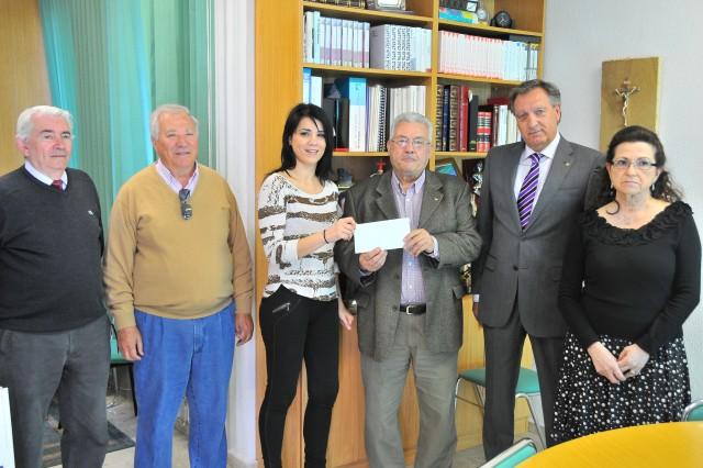 La asociación Security Dance entrega 4.820 € a Cruz Roja para contribuir en la renovación de la nueva ambulancia