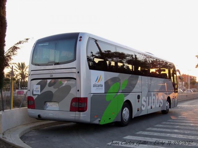 El Ayuntamiento mejora el transporte escolar y al mismo tiempo reduce costes