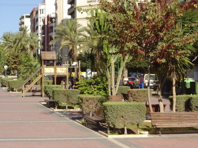El Ayuntamiento saca a licitación el servicio municipal de mantenimiento de zonas ajardinadas