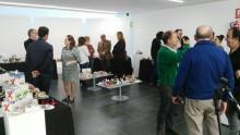 Inaugurada la exposición 'La moda a tus pies' en el Centre Jove