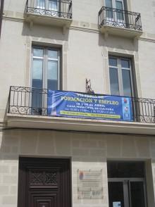 El Ayuntamiento recibe  dos subvenciones del SERVEF para la contratación de jóvenes desempleados
