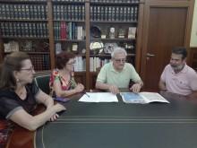 El Archivo Municipal recibe una donación de documentos del crevillentino Joaquín Galiano García , de los herederos de su gran amigo Francisco Pastor