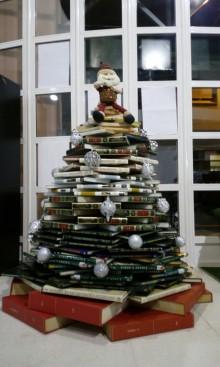 La Biblioteca Municipal presenta su programación en el folleto BibliotecAbierta