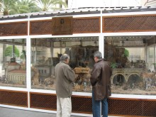 La Concejalía de Fiestas  organiza unas visitas guiadas a los belenes y nacimientos situados en espacios municipales y en la Plaza de la Constitución