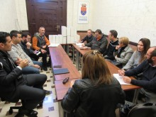 El Ayuntamiento solicitará a la Conselleria que el 29 de marzo  y el 8   de octubre  en Crevillent sean  hábiles para la práctica comercial