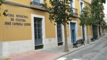 "Exposición de taracea de José Manuel Lledó en la Casa Municipal de Cultura ""José Candela Lledó"""