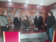 El Alcalde de Crevillent visitó ayer las nuevas instalaciones del Juzgado de Paz que ya se encuentra en pleno funcionamiento