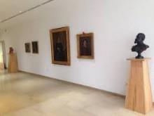 """Clausurada la exposición de Vicente Bañuls """"Entre la escultura y la pintura""""  que ha sido visitada por 1.200 personas"""