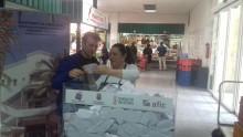 El mercado municipal de abastos ha sorteado entre sus clientes el carro del mes de marzo