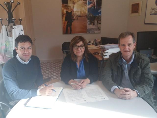 El Ayuntamiento y el Hospital del Vinalopó Dr. Mas Magro van a reanudar por quinto año las visitas de escolares al Mercado Municipal de Abastos
