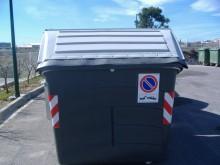 El Ayuntamiento solicita a la empresa concesionaria del servicio de recogida de basura que cambie los pedales de los contenedores para mejorar el uso de los vecinos