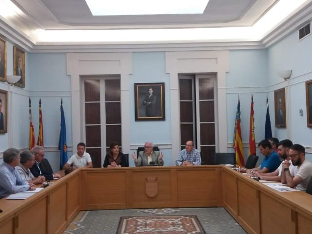 Se reúne la Comisión Especial de Fomento para hacer el seguimiento de los programas de empleo e inversiones municipales
