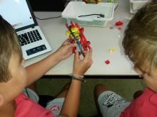 """La Biblioteca Municipal """"Enric Valor"""" acoge un taller de robótica"""