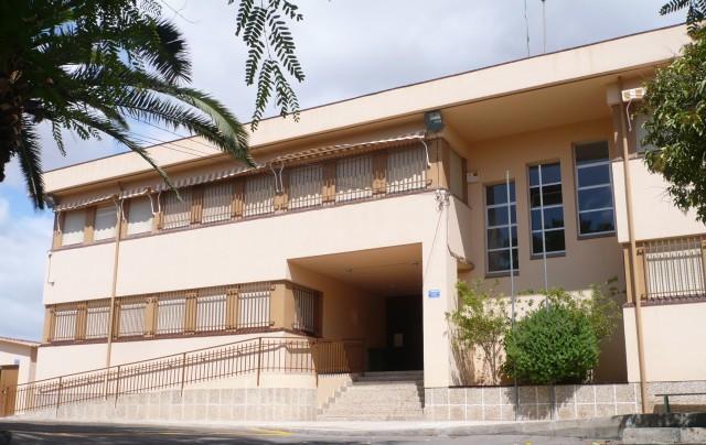 Educación informa sobre la retirada del amiento en el CEIP Doctor Mas Magro
