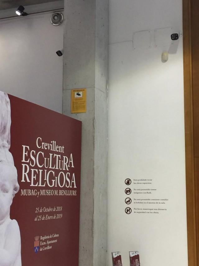 """El Ayuntamiento invierte este año en equipamiento para  La Casa Municipal de Cultura """"José Candela Lledó"""""""
