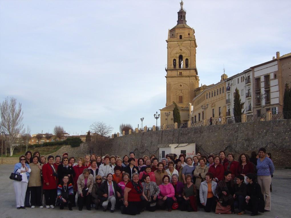 """Igualdad organiza un viaje a Sevilla dentro del programa """"Conviviendo entre mujeres"""" para celebrar el día de la Mujer Trabajadora"""