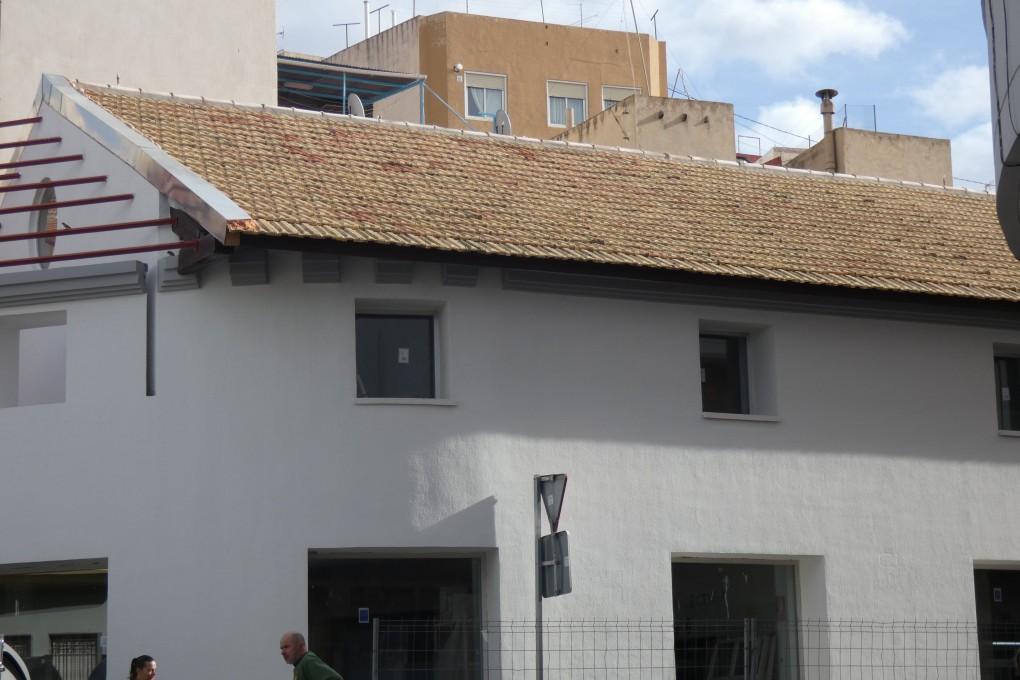 """La Biblioteca de la Casa de Cultura permanecerá cerrada por motivos del traslado definitivo de los fondos a la Biblioteca Municipal """"Enric Valor"""""""