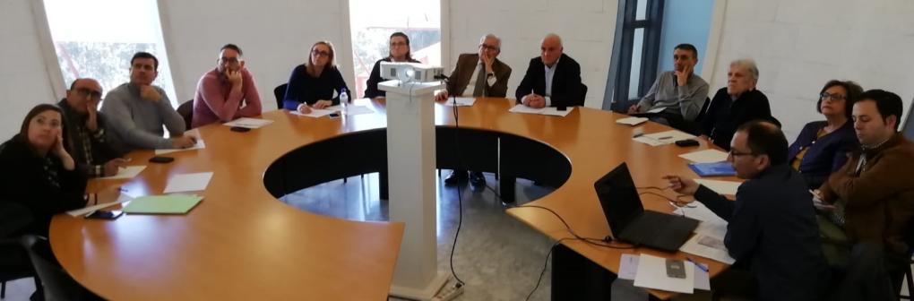 El Consejo Rector del Ateneo Municipal se reúne con el Secretario Autonómico de Cultura para conocer la situación licitadora de las obras del Teatro Chapí