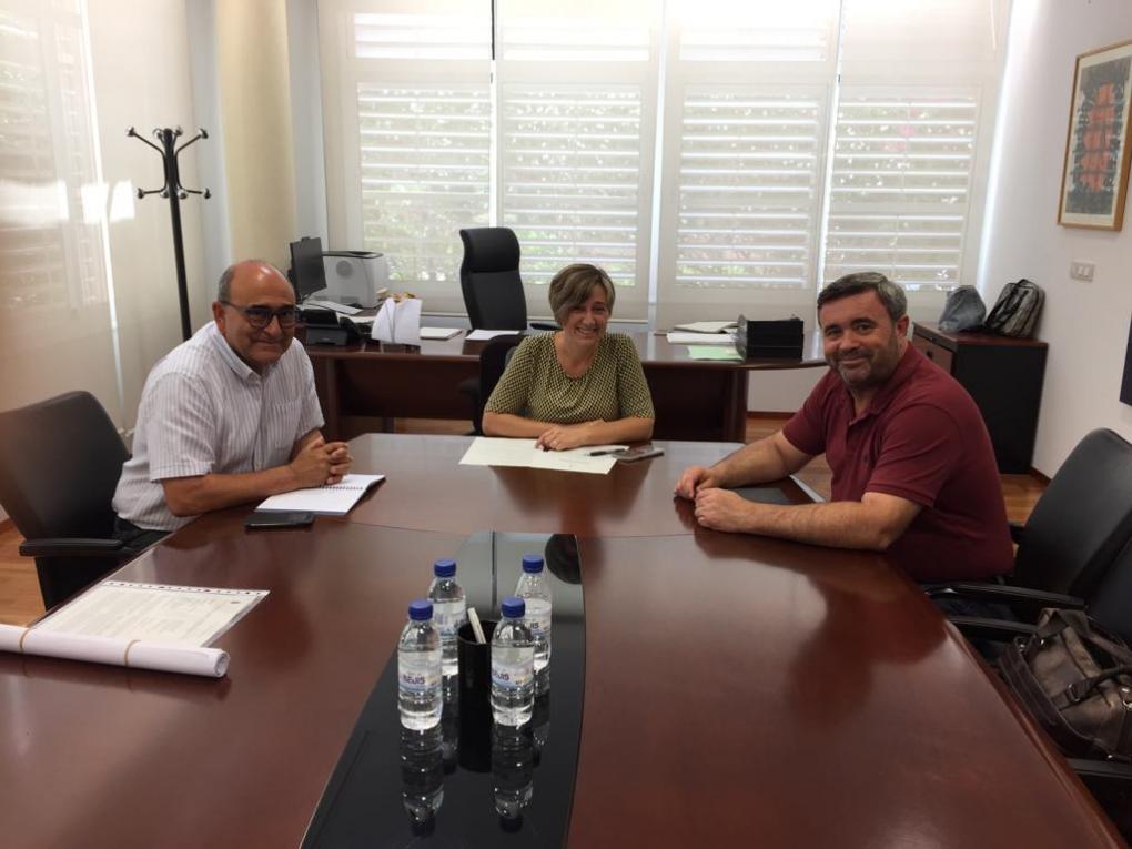 El Alcalde y el Concejal de Cultura se reúnen con la Secretaria Autonómica de Cultura