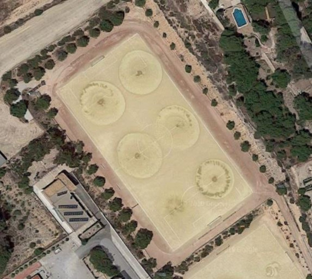 A la fi d'any desapareixeran els camps de futbol de terra a Crevillent