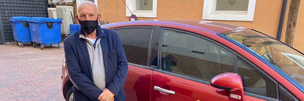 L'Ajuntament rehabilita dos cotxes abandonats per a l'ús municipal