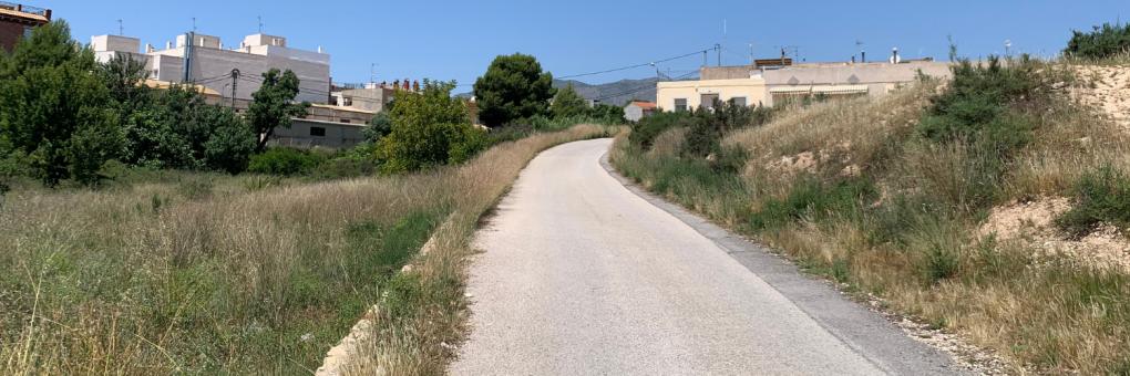 Crevillent avança a juny el desbrossament dels camins rurals