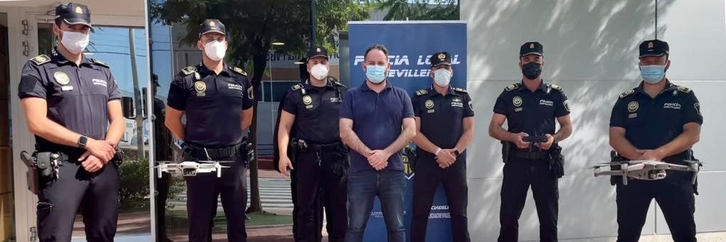 La Policia Local de Crevillent presenta la seua unitat de drons composta per 5 pilots titulats
